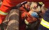 Xem giải cứu bé 2 tuổi dưới giếng sâu 40m