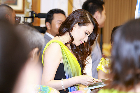 Hồ Quỳnh Hương gặp may nhờ ăn chay