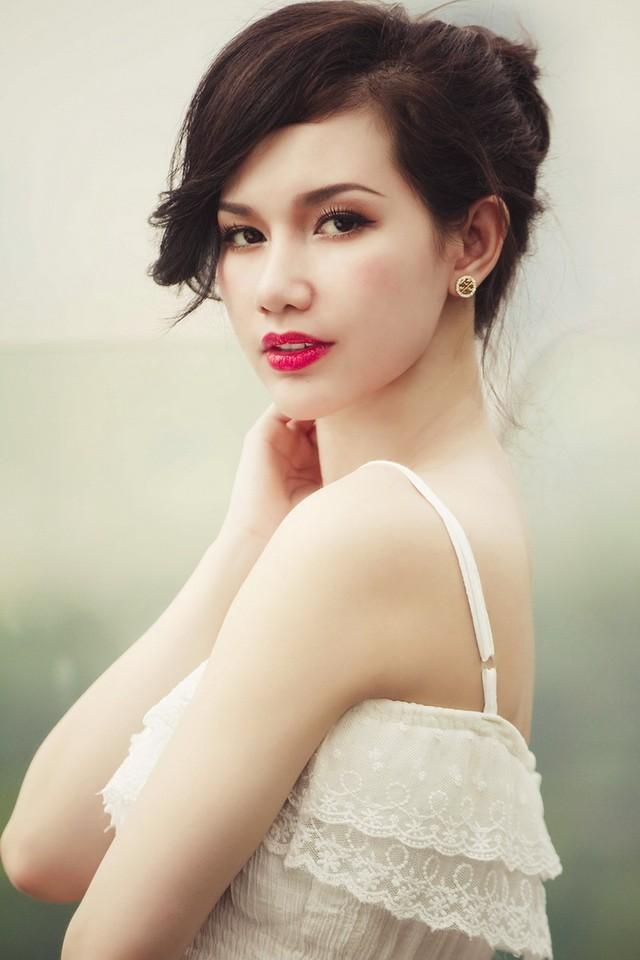 Quan điểm 'giật chồng' của hot girl Quỳnh Chi