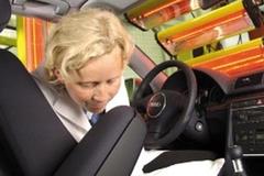 Nghề lạ: Chuyên ngửi mùi xe ôtô
