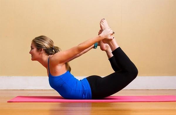 5 tư thế yoga cho bạn một bộ ngực đẹp và săn chắc