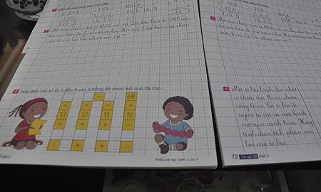 Gỡ bỏ, thay thế bài toán lớp 3 khiến báo Anh đau đầu