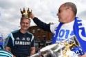 Chelsea diễu hành, Mourinho hí hửng đội vương miện