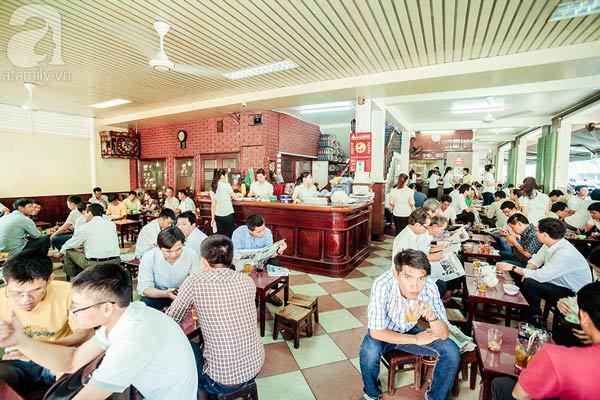 Top Sidewalk cafes in Da Nang