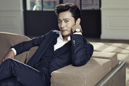 43 tuổi, Jang Dong Gun trở thành 'mỹ nam thế kỷ'