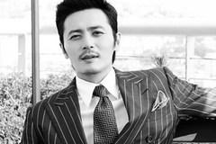 """43 tuổi, Jang Dong Gun trở thành """"mỹ nam thế kỷ"""""""