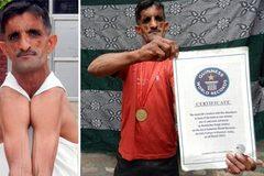 """Xem dị nhân """"vai cao su"""" Ấn Độ phá kỷ lục thế giới"""
