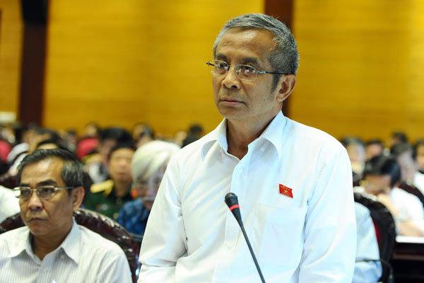 luật biểu tình, Đặng Ngọc Tùng, Trần Thị Quốc Khánh