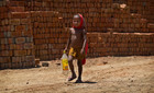 Chùm ảnh dân nghèo Ấn Độ khốn khổ vì nắng nóng