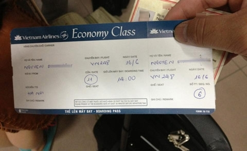 Giá vé máy bay bỗng dưng đắt do bị tăng phụ thu
