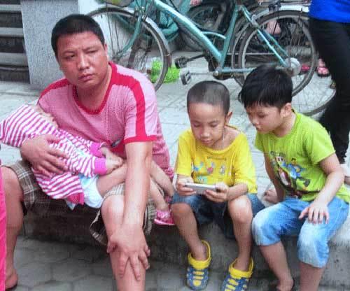 Nắng nóng 40 độ: Người già, trẻ nhỏ dồn dập nhập viện