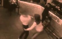 10 clip 'nóng': Sờ vòng 3 bị nữ bồi bàn tát choáng váng