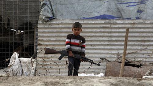 """Thế giới 24h: IS bắt cóc trẻ em """"làm bom sống"""""""