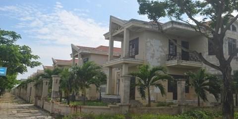 Đà Nẵng: Biệt thự đãi ngộ nhân tài bỏ hoang cả dãy