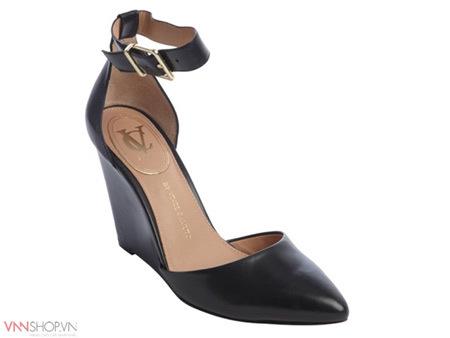 Nguyên tắc chọn giày dép mọi phụ nữ cần biết