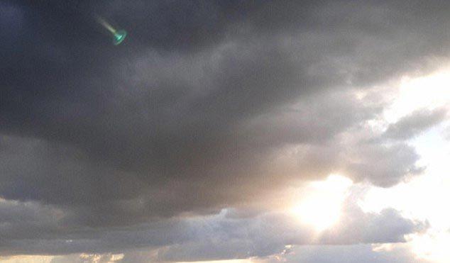 UFO bí ẩn xuất hiện trên bầu trời Hà Lan