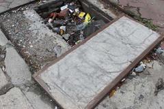 """Hố ga hay một loại """"thùng rác mới""""?"""