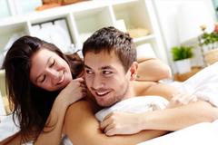 """Tình vợ chồng nhạt dần vì lệch pha """"chuyện ấy"""""""