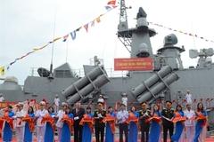 Hải quân tiếp nhận hai chiến hạm hiện đại