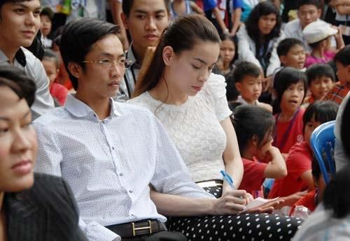 Hồ Ngọc Hà lần đầu chia sẻ về *** với đại gia trẻ Chu Đăng Khoa