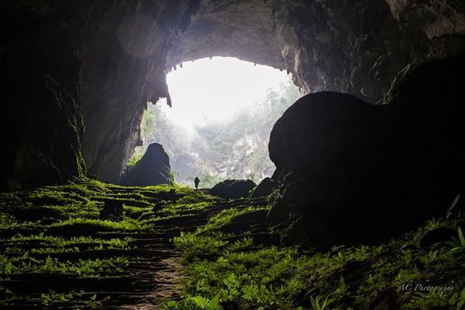 Hình ảnh ngoạn mục mới công bố về hang Sơn Đoòng