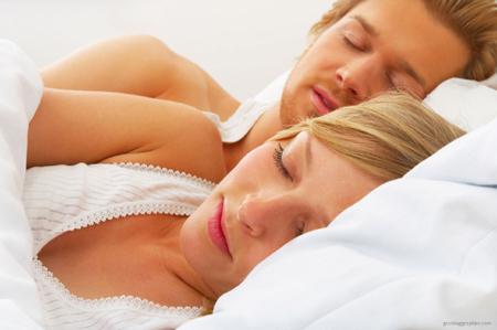 Càng ngủ nhiều, 'chuyện ấy' càng khỏe?