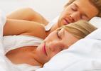 """Càng ngủ nhiều, """"chuyện ấy"""" càng khỏe?"""