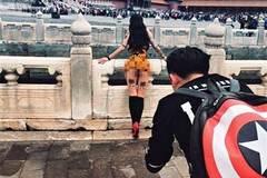 Người mẫu khỏa thân chụp ảnh ở Tử Cấm Thành
