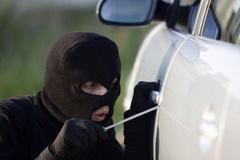 Ăn trộm ôtô rồi bán lại cho chính chủ