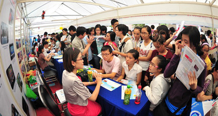 Tân Trí Việt 'tiếp sức' cho ước mơ du học