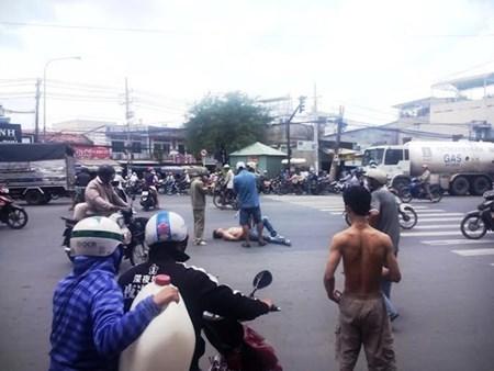 Tây balô:  Ra phố đánh công an, vào khách sạn giết người