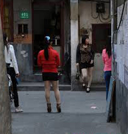 Công nghiệp du lịch tình dục ở kinh đô sung sướng Đông Quản