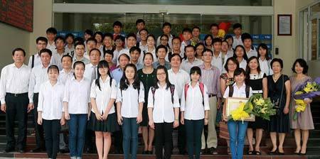 con đường, trường chuyên, THPT Chuyên Lương Văn Chánh