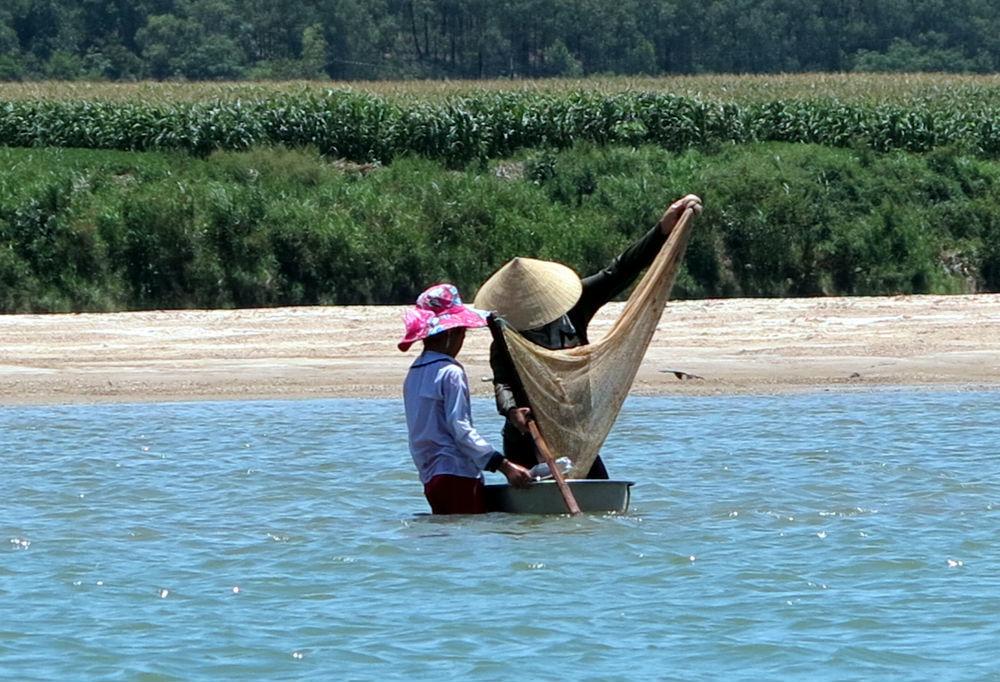 Thanh Chương; đào hến; sông Lam; Nghệ An