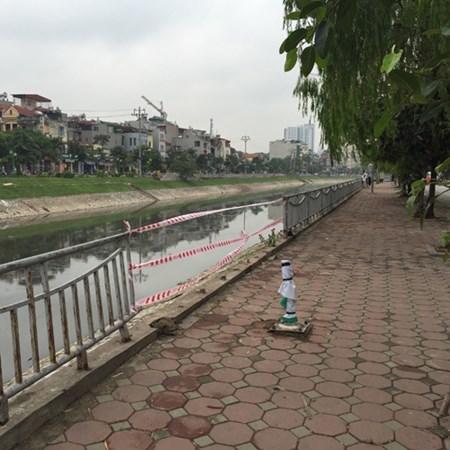 Hà Nội, Ô tô, sông Tô Lịch, tài xế, tử vong