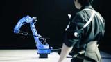 Robot samurai khiến bậc thầy kiếm thuật Nhật toát mồ hôi