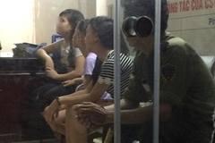 Xác minh 3 cô gái bị 'sàm sỡ' ở Hoàn Kiếm