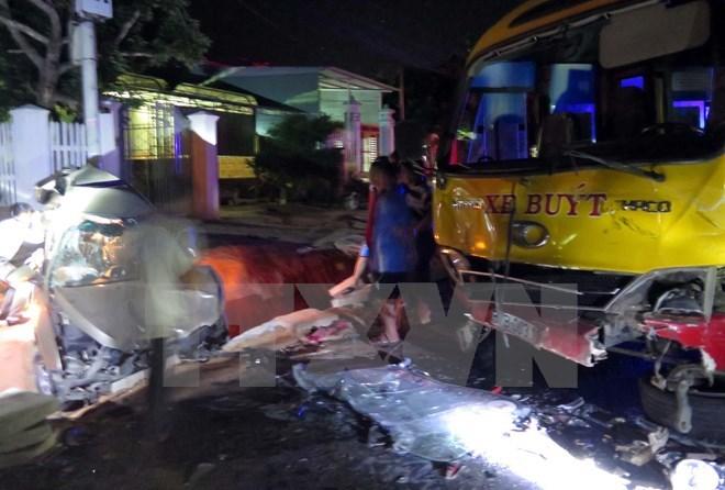 Kon Tum; đường Hồ Chí Minh; tai nạn