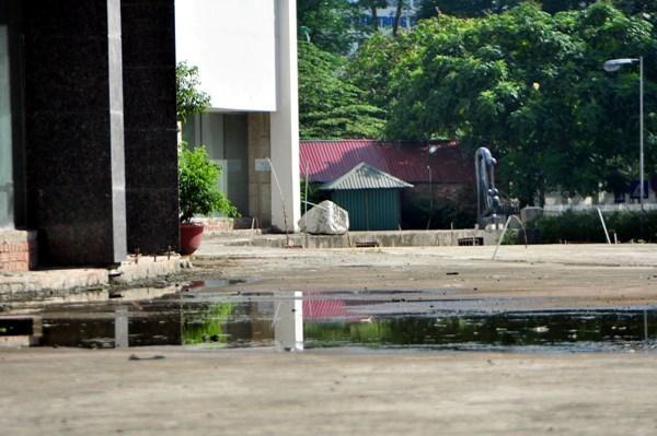 Bệnh viện 5 sao bị bỏ hoang trên lô đất vàng Hà Nội