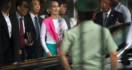 Thế giới 24h: Bà Aung San Suu Kyi thăm TQ
