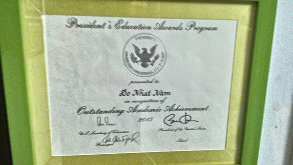Giấy chứng nhận đạt giải hạng mục President's Award for Educational  Achievement của Đỗ Nhật Nam