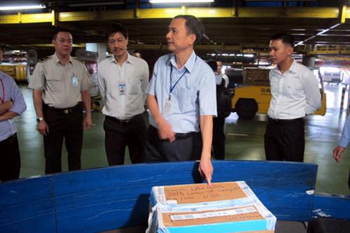 Cục phó Hàng không 'soi' hành lý bị phá khóa tại sân bay