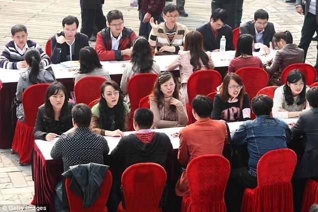 đại gia, tìm vợ, Trung Quốc, tòa án, môi giới, đại-gia, Trung-Quốc, tuyển-vợ, môi-giới