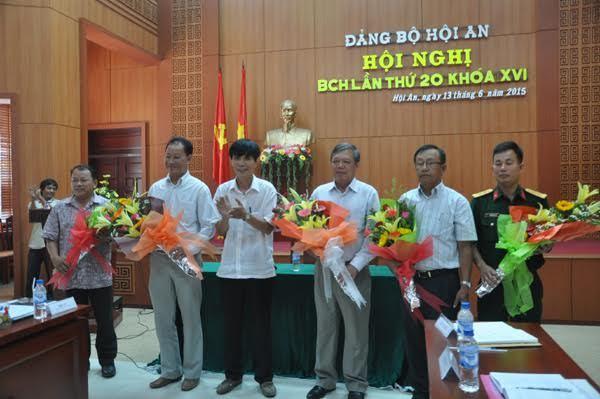 Hội An: Bí thư mới 56 tuổi, ông Nguyễn Sự nghỉ nhẹ nhàng