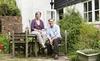 Vợ chồng nhà khoa học giải Nobel sau cú vạ miệng nghiệt ngã