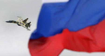 Chiến cơ Nga 'hù dọa' chiến hạm NATO?