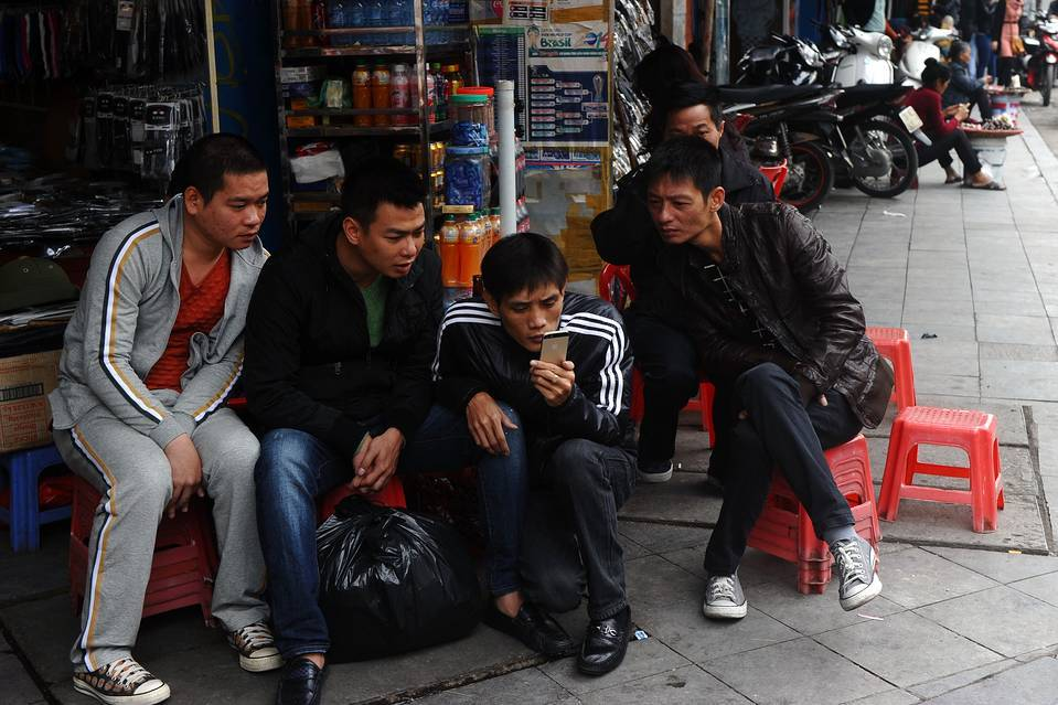 Báo Mỹ: Cước 3G Việt Nam thuộc hàng rẻ nhất thế giới - 1