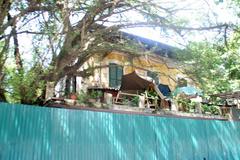 Biệt thự Pháp cổ ngàn m2 hoang tàn giữa Hà Nội