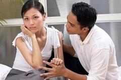 Nói về tình cũ như thế nào để không 'đụng chạm' bạn đời