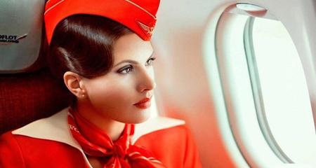Sự thật giật mình về tiếp viên hàng không xinh như mộng